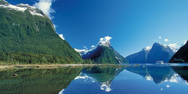 Travel Milford Sound